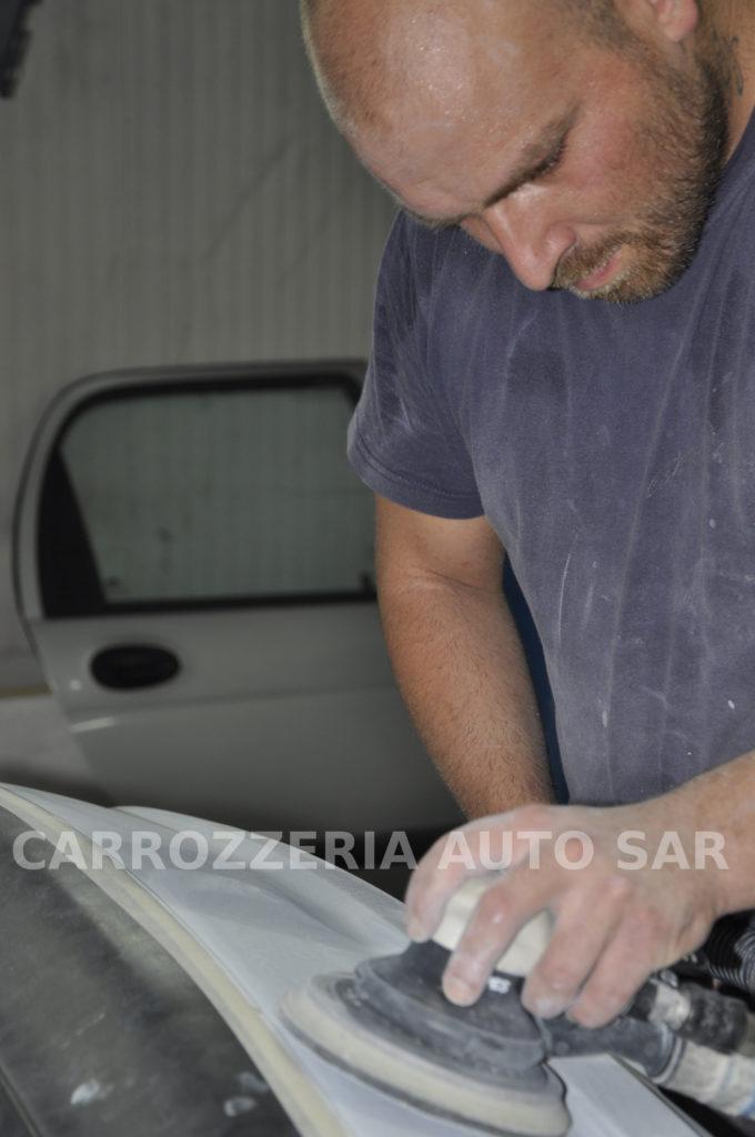carrozziere ad Acilia ripara paraurti auto